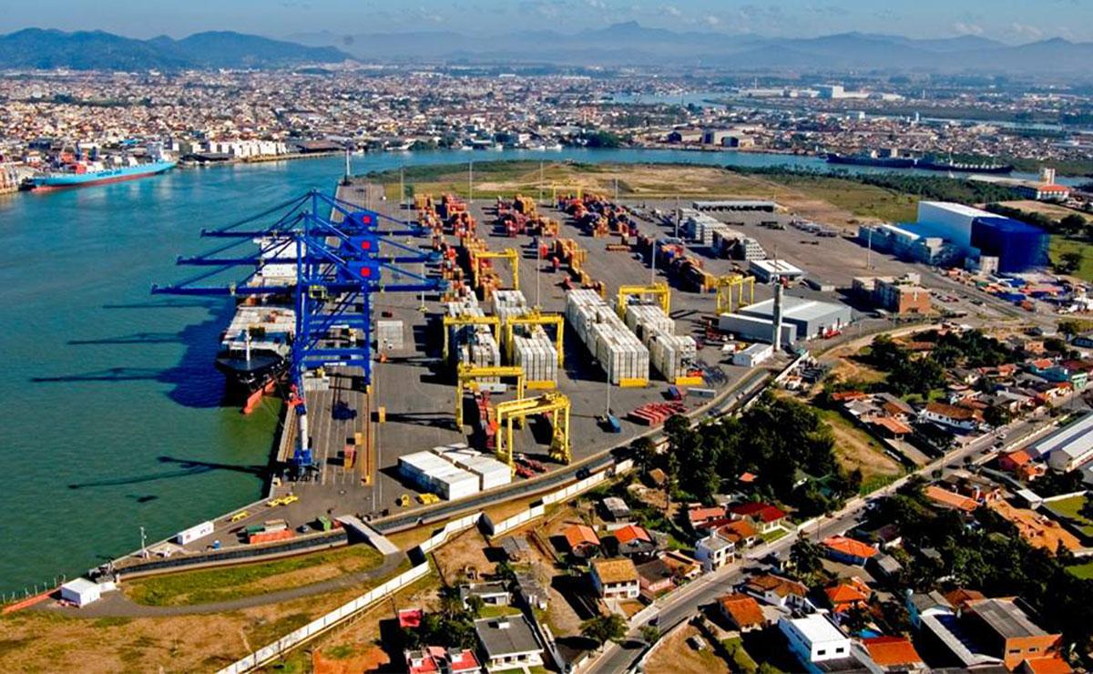 Foto aérea do porto de navegantes - PORTONAVE